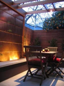 Timber courtyard find architects interior designers for Xscape garden design